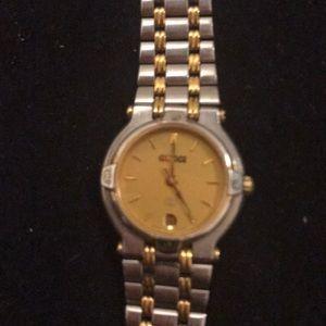 Authentic Vintage Gucci wristwatch